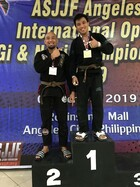 MALE BROWN MASTER 1 Middle  Podium Photos